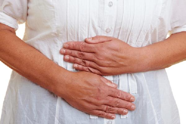 Triệu chứng của bệnh viêm dạ dày mạn tính là những cơn đau bụng âm ỉ